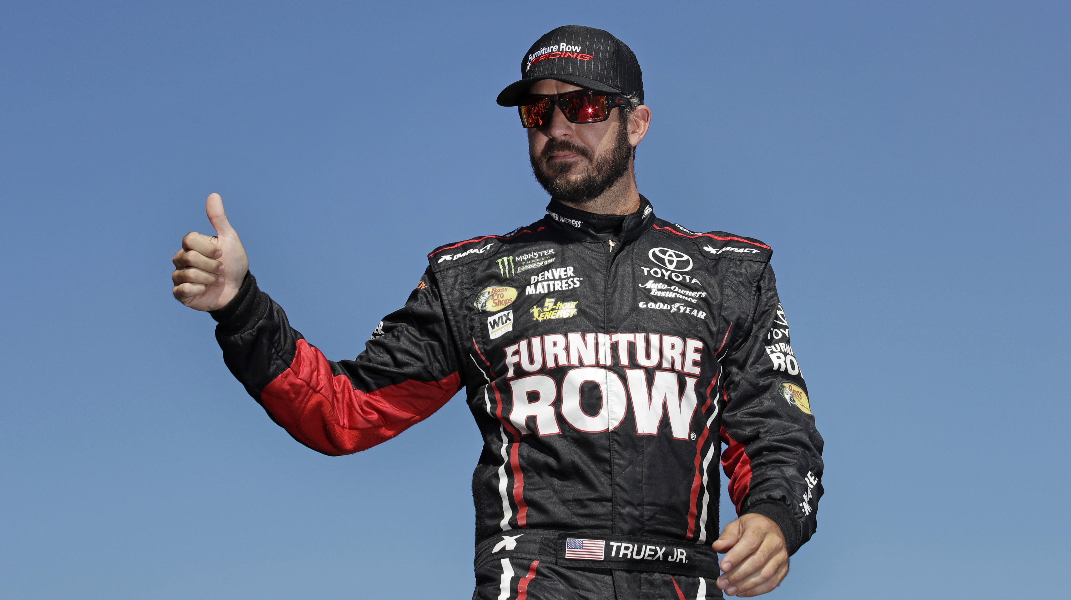 Furniture Row Racing Closing A Year After Nascar Title Sentinel