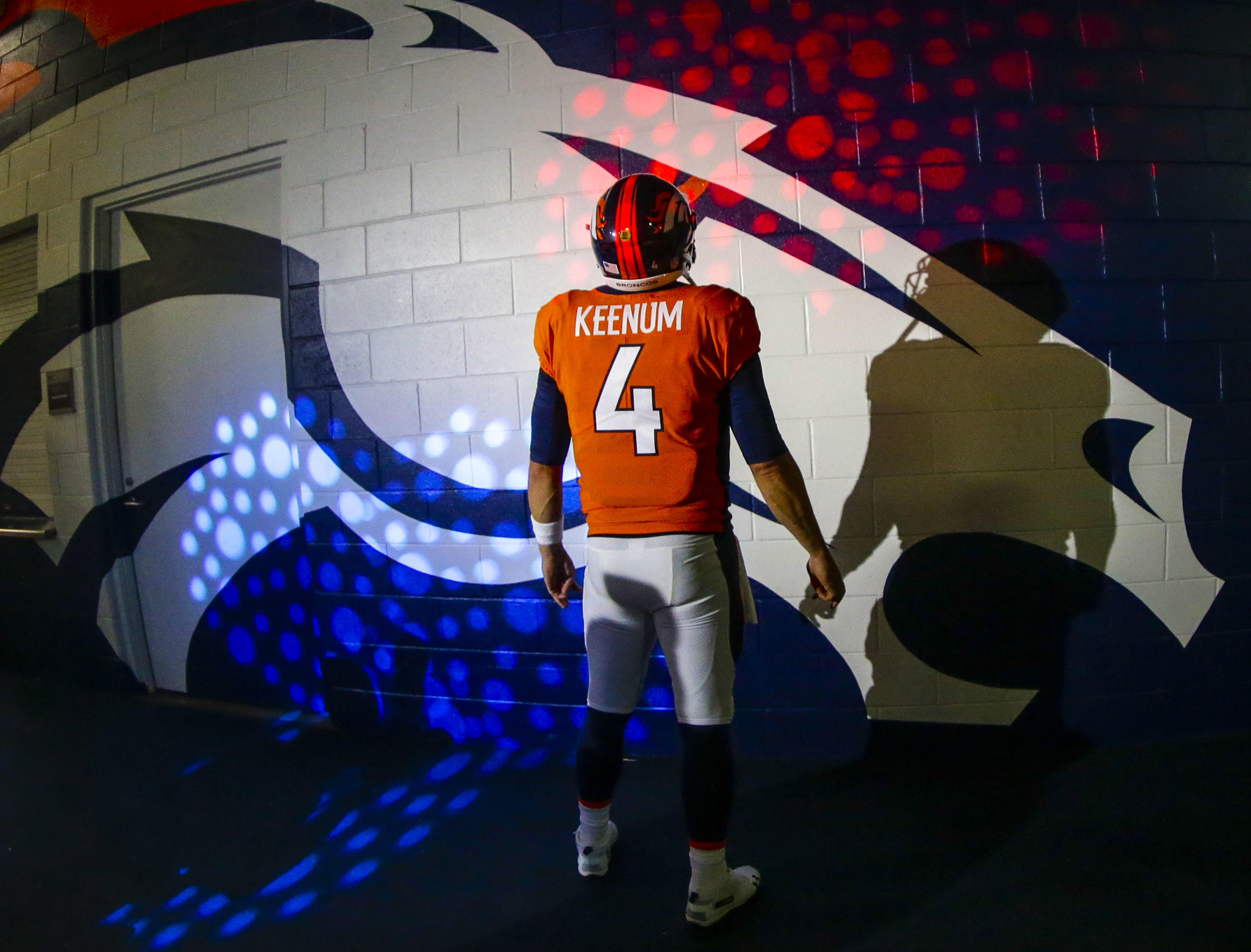 size 40 3ae17 79399 Case Keenum returns to Broncos practice after missing 1 day ...