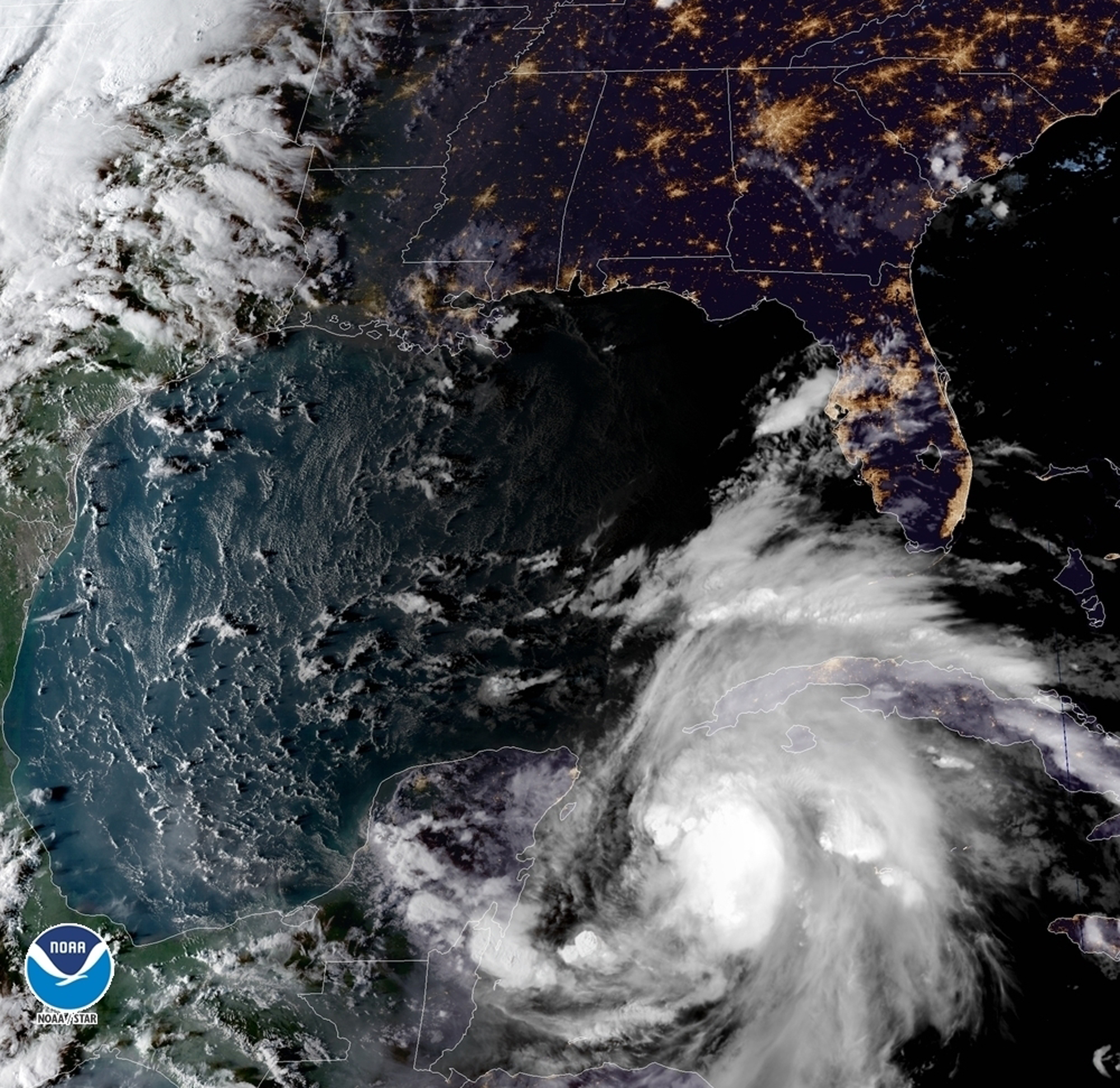 images from hurricane michael - HD2000×1942