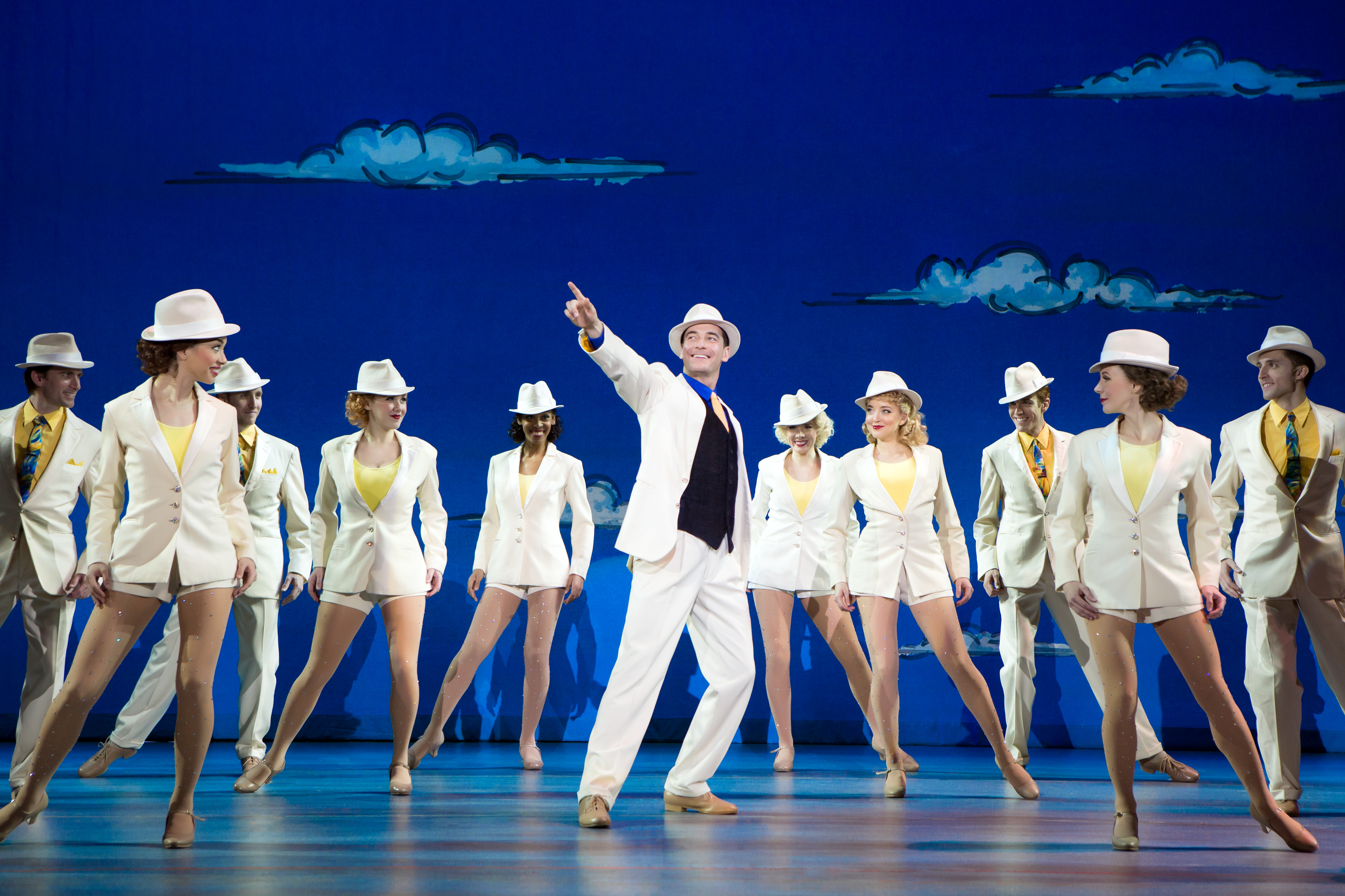 REVIEW: 'White Christmas' at the Buell is a blizzard of
