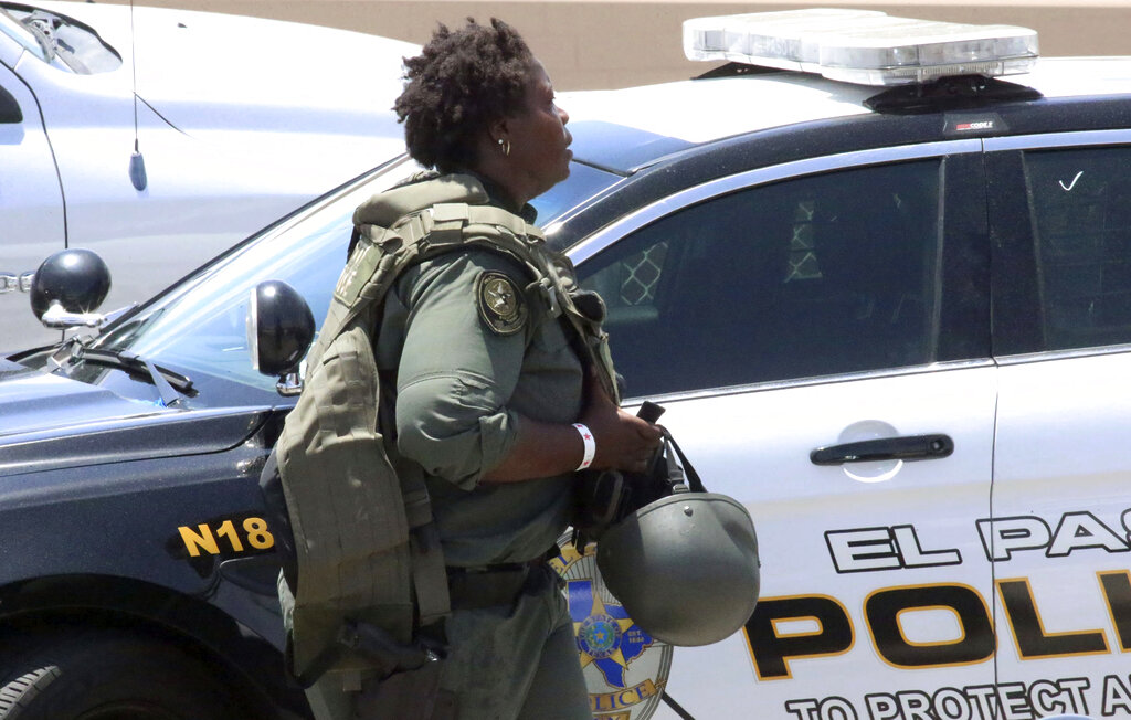 At least 20 dead in El Paso mass shooting