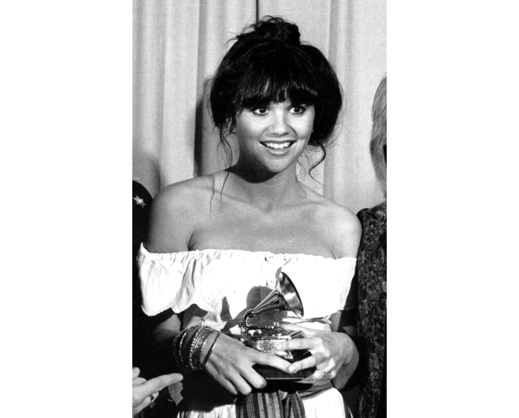 Linda Ronstadt Looks Back At Her Most Cherished Moments Sentinel Colorado