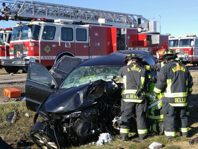 Teens identified as two killed in crash in Aurora | Sentinel