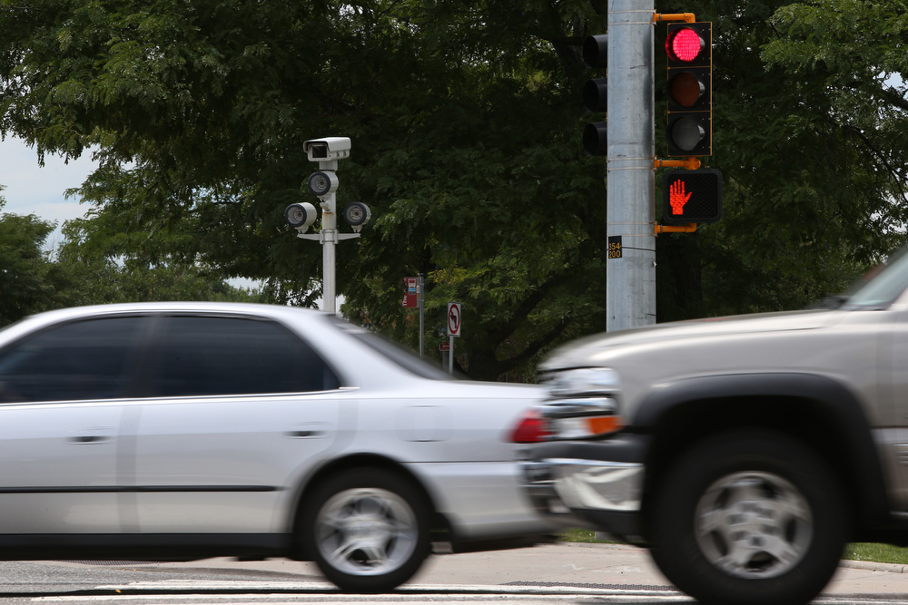 Aurora's worst intersections may get photo red-light cams